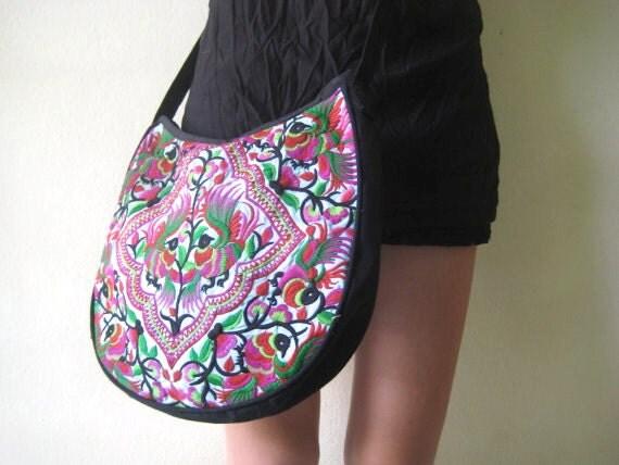 Ethnic Hmong Old Vintage Style Sling Thai Asain Tribal Shoulder strap Messenger Bag