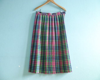 Vintage womens pleated skirt / multicolor blue green pink / check checked plaid / midi long / medium