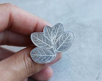 Silver leaf ring - Modern jewelry