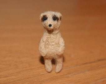 Felted meercat, meercat miniature, neddle felted meercat, super tiny, felted toys, toy meercat, natural wool toys