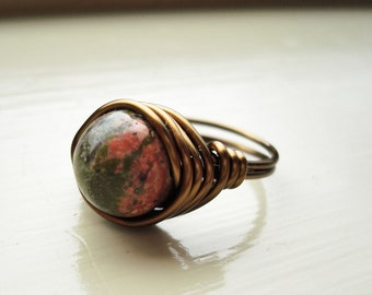 Green and Pink Wire-Wrapped Ring
