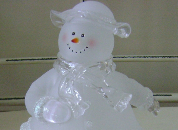 House Of Lloyd Frosted Glass Skating Snowman