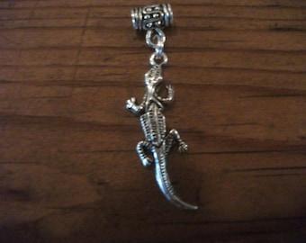 SILVER LIZARD pendant, Tibetan silver, FREE snake chain