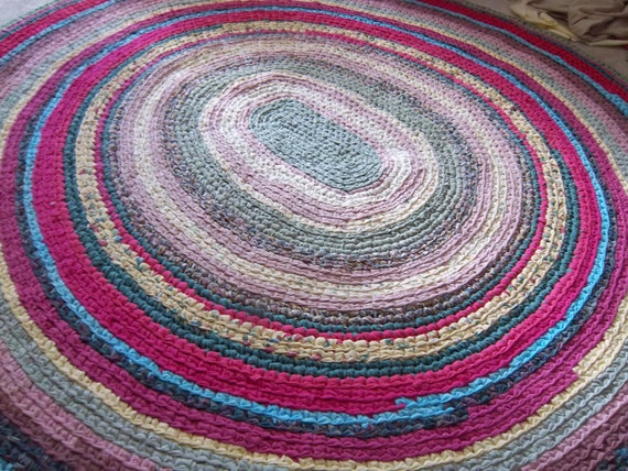 "6' x 7' (75"" x 82"") Reserved Area Rag Rug RENEE"