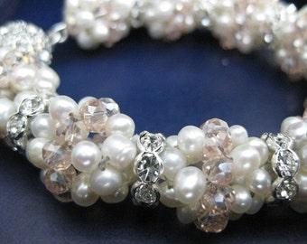 wedding bracelet, bridal pearls bracelet, wedding pearls, pearl bracelet, wedding jewelry, seed pearl jewelry,wedding pearls,beaded bracelet
