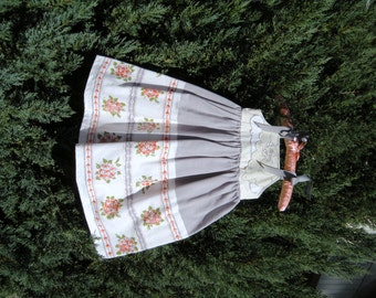 Vintage Gray and Orange Tablecloth Dress Size 4 to 5