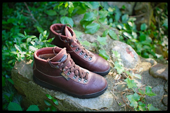 Vasque Sundowner Hiking Boots Italian Made Size 9 Mens Size