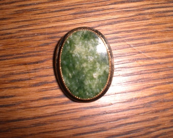 Vintage Catamore 1/20 12 k Gold Filled Green Stone Brooch 1940s to 1980s Pin Gold Tone