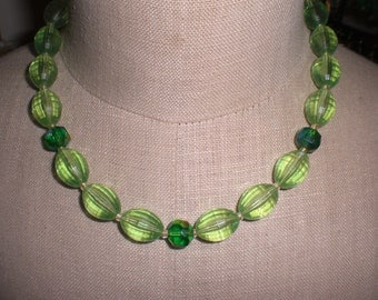 Vintage 1950s to 1960s Light and Dark Green Plastic and Glass Adjustable Necklace Lightweight Gold Tone
