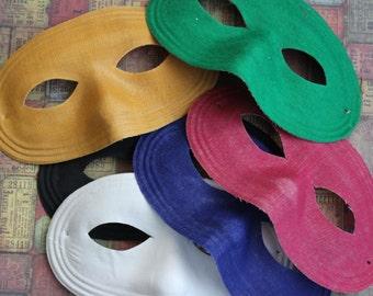 1 Vintage Fabric Mask
