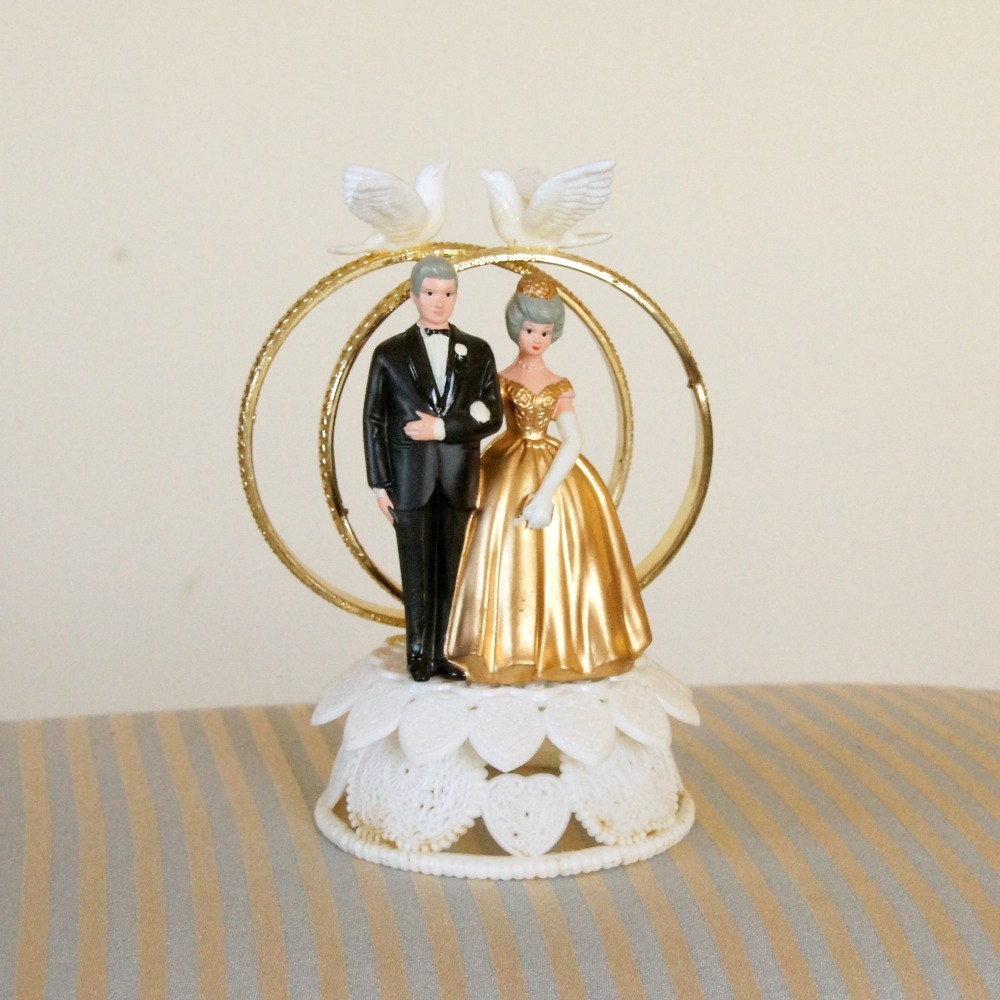 wedding cake toppers for 50th anniversary cake topper 50th wedding anniversary wilton plastic hong 26468