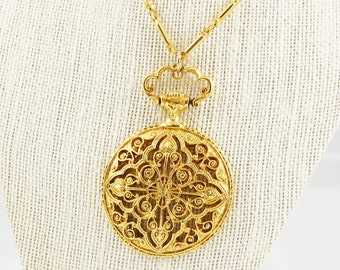 Vintage Gold Tone Intricate Pendant Necklace