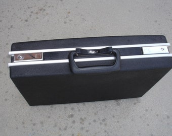 Very Cool Vintage OshKosh Brand Briefcase- Check out all of our Vintage Cases
