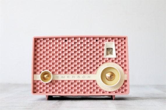 Vintage Pink Emerson Radio