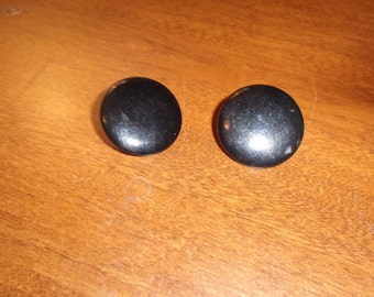 vintage screw back earrings black circles