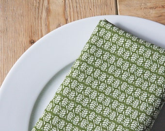 Fabric Napkins- Green Leaves - Set of 4 Reversible Cloth - Fall