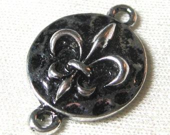 Fleur De Lis Connector Charms In Antique Silver 19mm 10 pieces