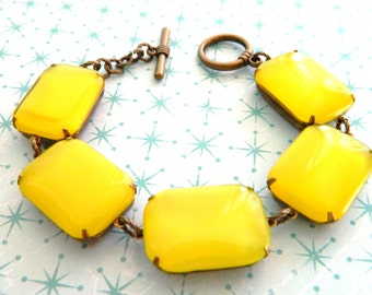 Yellow Bracelet, Chunky Yellow Bracelet, Retro Yellow, Vintage Yellow Bracelet, Lemon Yellow, Retro Jewelry, Mid Century Jewelry, Urban Chic