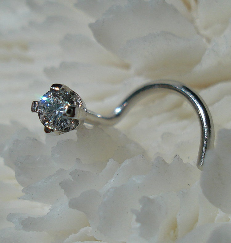 canadian 2mm platinum nose jewelry by