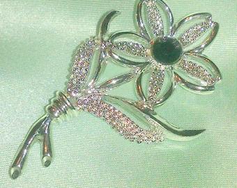 Vintage  Sarah Coventry Silver Flower Brooch