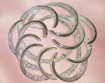 Vintage Sarah Coventry Tailored Swirl Brooch