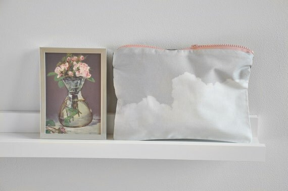 billowing clouds zipper pouch make up pouch old rose navy / Small Couture
