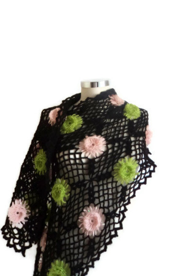 SALE Black Shawl  HandCrocheted scarves ,scarf,capelet,seasonal Cowl Turkish  romantic stole ,winter,fashion,collar,cowl,stole,gift,mom,