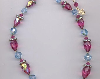 Gorgeous Vendome necklace with rare Swarovski fuchsia and lavender crystals