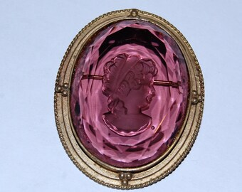 Vintage 40's Victorian Revival Purple Glass Reverse Carved Intaglio Cameo Brooch