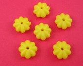 10pcs-Vintage Acrylic Bead Spacer Matte Yellow Rondelle 12x6mm hole 2mm.