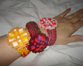 crochet bracelet pixel art 8bit retro gemstone bangle cuff citrine ruby pink quartz perler bead embellishment