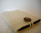 Kindle Paperwhite Cover Crochet Kindle Sleeve in Cream White Wool