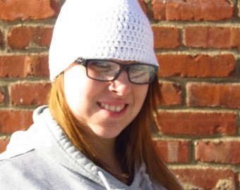 NEW MARKDOWN - White Women's Winter Cap with PomPom - Large