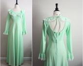 S A L E // 70's Bohemian Sweet Lace Mint Green maxi dress. Size S/M