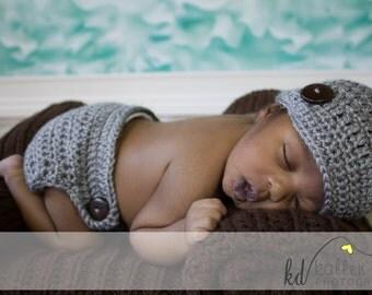 Newborn Baby Boy Girl Crochet GRAY Heather Grey Newsboy Visor Hat n Diaper Cover Set with Wooden Buttons -- Cute Photo Prop