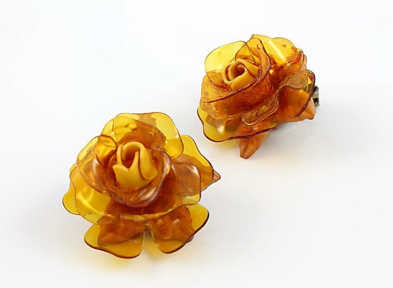 Vintage Amber Rose flower Celluloid Earrings 1950s jewelry clip on