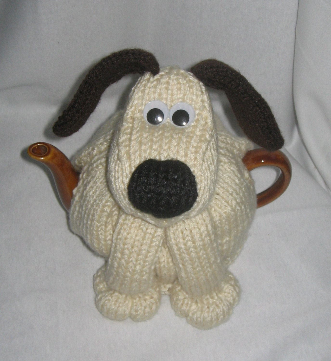 Knitting Pattern For Teacup Dog : Dog Tea Cosy KNITTING PATTERN downloadable file by ...