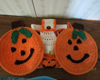 Crocheted handmade kitchen set for Halloween