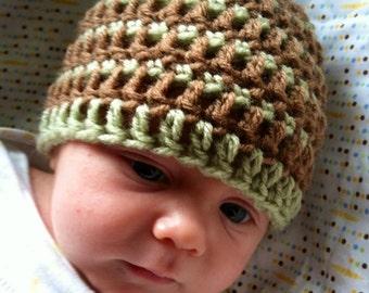 Hand-made unisex newborn hat, 0-3 months