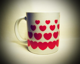 Valentine's Day Special Item - Vintage Heart print coffee mug tea cup 1970's 1980's 1990's