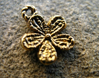 20 Gold Flower Charms 13mm Antiqued Gold