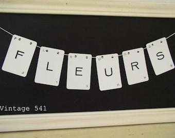 Vintage Letter Banner FLEURS