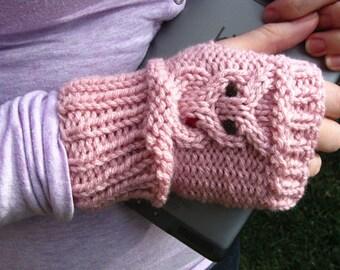 Owl Gloves, Knitted Owl Gloves, Knit Owl Fingerless Mittens, Women's Gloves, Light Pink || VALENTINES OWLET MITTS