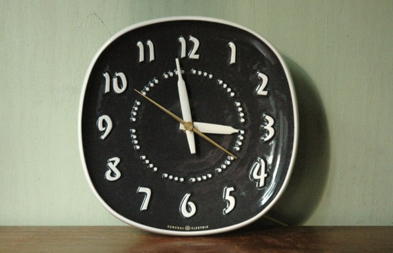 Russel Wright General Electric Wall Clock Mid By Junkhouse