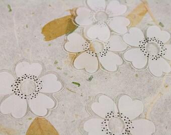 White Flower Cookie Bread Plastic Clip Tie