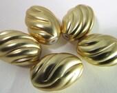 12 Vintage 18x12 Carved Matte Gold Lucite Beads Bd791