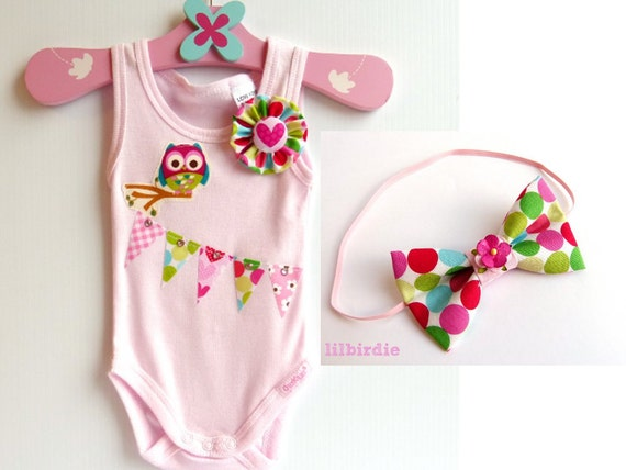 Baby Onesie and Headband Gift Set. Baby Owl and Bunting