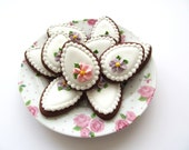Bloemetjes chocolade paasei koekjes