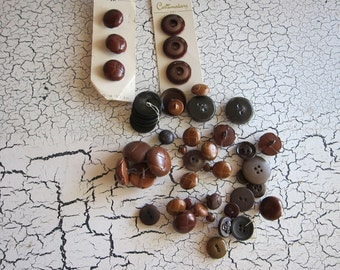 Over 30 Vintage Brown Dark Buttons, Assorted Size Shape for Sewing, Knitting or other Crafts, Button Jewels for Jewelry Making, Birthday