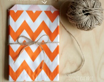 Orange and White Chevron Pattern Party Favour Bags - 5 x 7 inch Favor Gift Bag - Packet of 12